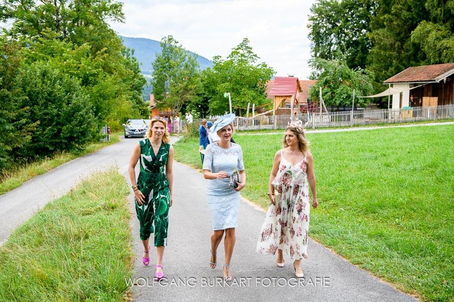 Hochzeits-Fotograf Muenchen, Hochzeitsgast mit Hut