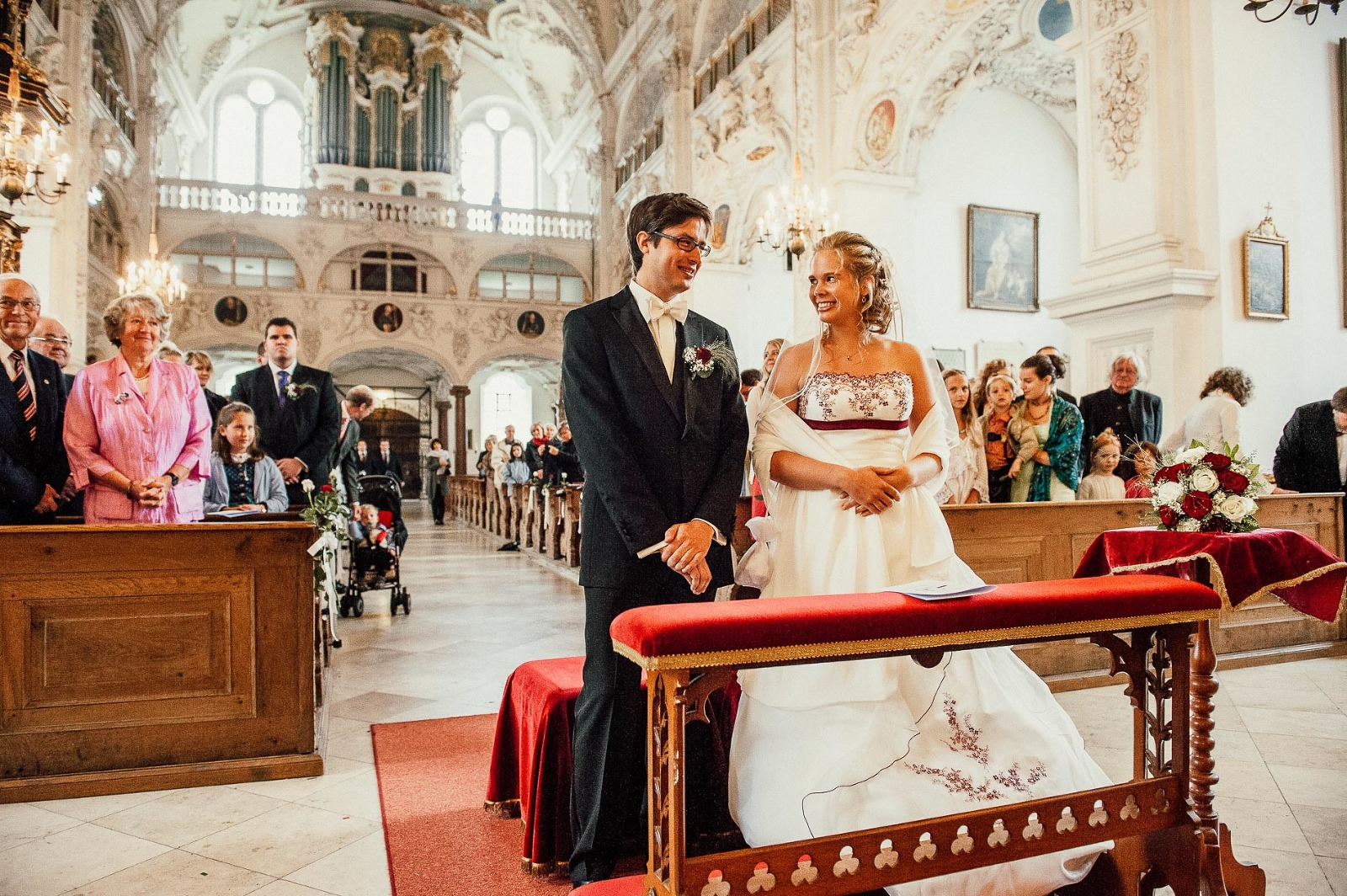Hochzeitsfotograf aus München, Trauung in Klosterkirche Benediktbeuern