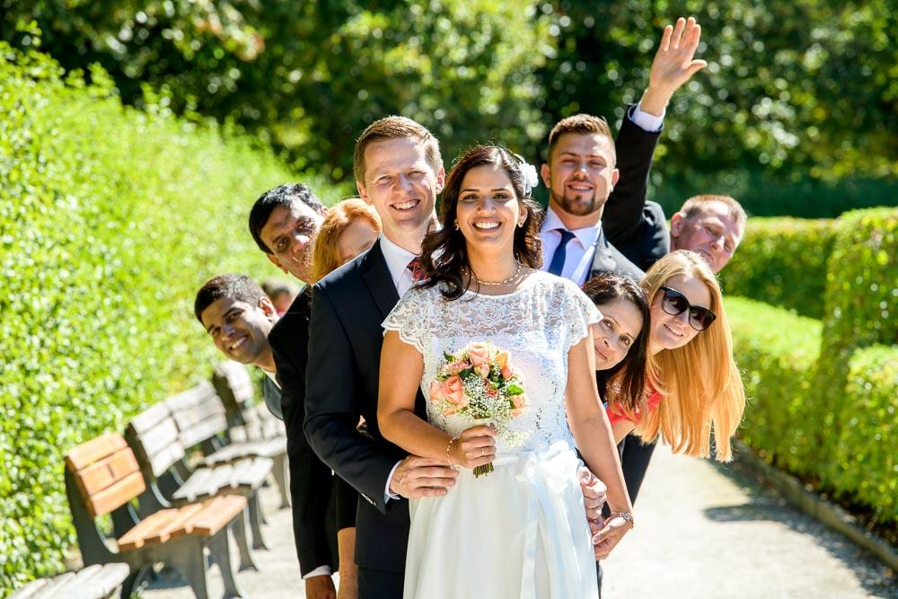 Hochzeits-Fotografie in München im Hofgarten am Odeonsplatz