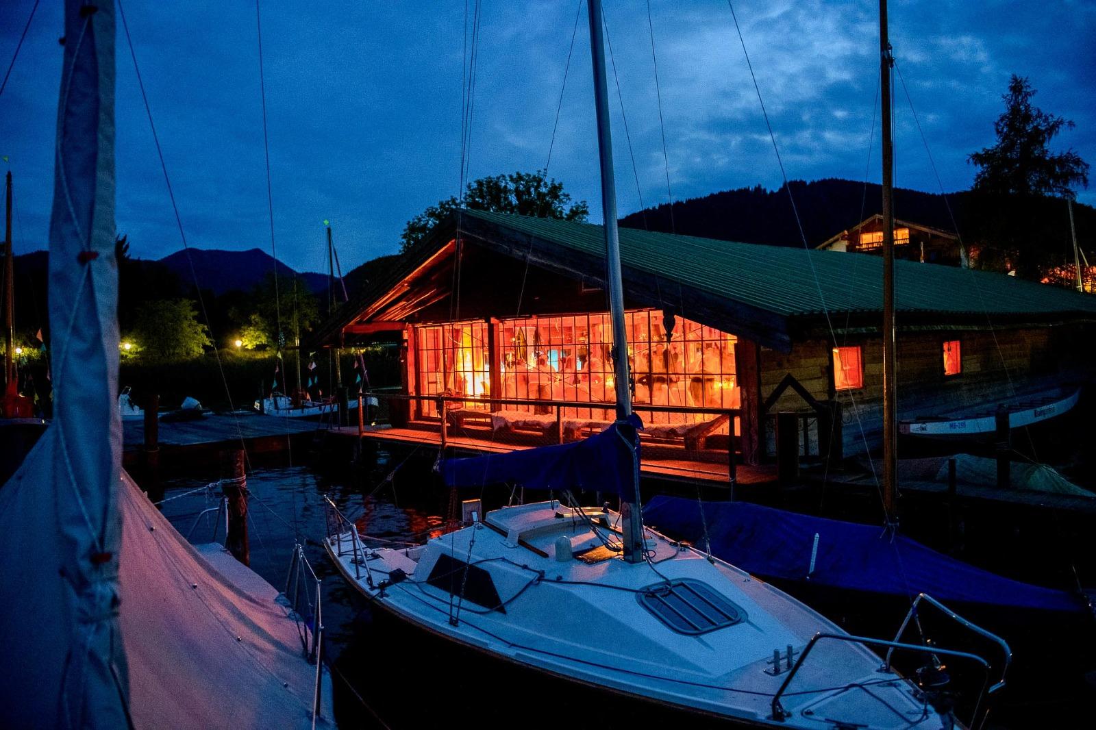 Hochzeits-Fotograf Tegernsee, Hochzeits-Location Bootshaus vom Terrassenhof